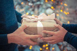 כשהחג הבא מתקרב, מתנות לעובדים כבר יש?
