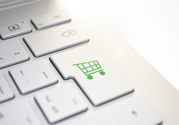בעל עסק: כך תגדיל את המכירות דרך האתר