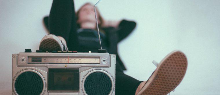 פרסום ברדיו – מדוע פרסום ברדיו נחשב היום לאחד הערוצים המשתלמים ביותר לבעלי עסקים?