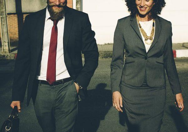 איך להתלבש למשרד בסטייל?